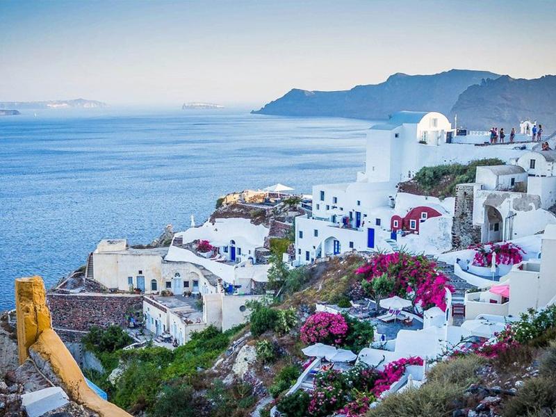 Τα ελληνικά περιουσιακά στοιχεία προσελκύουν αγοραστές από το εξωτερικό