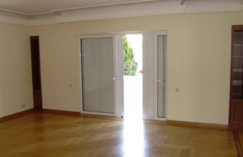 FOR RENT Apartment 160 m2
