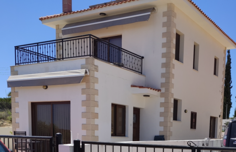 Villa for sale in Pissouri, Cyprus